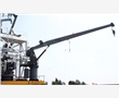 Hydraulic slewing cranes